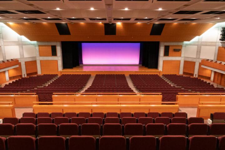 コンベンションホール(大ホール) 可動席あり