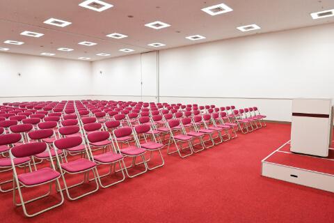 第1・第2会議室 シアター 型(224人収容)