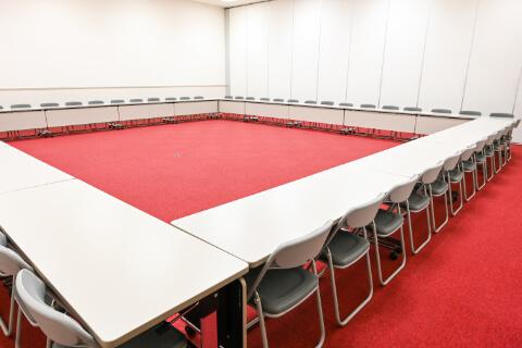 第1・第2会議室 ロの字(54人収容)